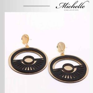 Geometric gold and black earrings